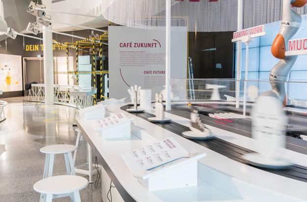 EY ALTER Ausstellung Cafe Zukunft